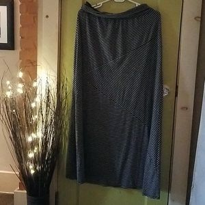 Joe B flowy striped skirt, xl